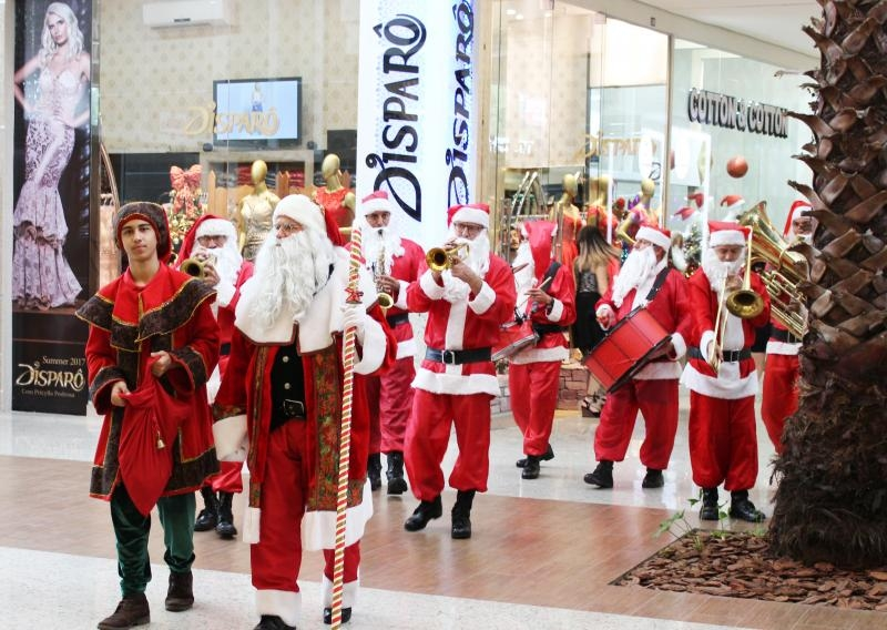 SUCESSO MARCA O NATAL FASHION DO CATARINA SHOPPING